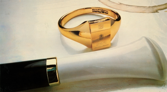 B&H Surreal 'Gold Ring'-01