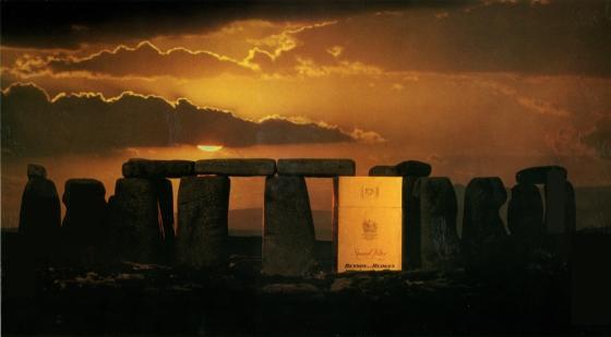 B&H Surreal 'Stonehenge'-01