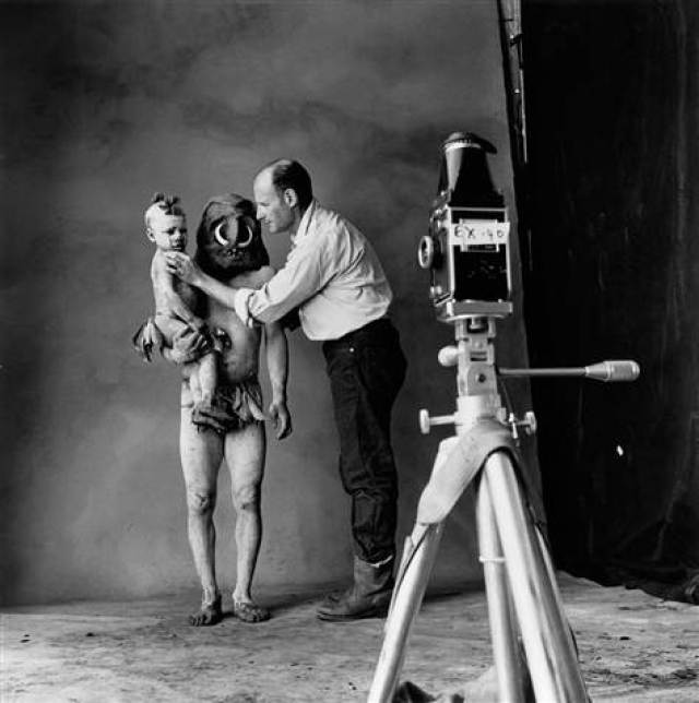 Irving-Penn-At Work