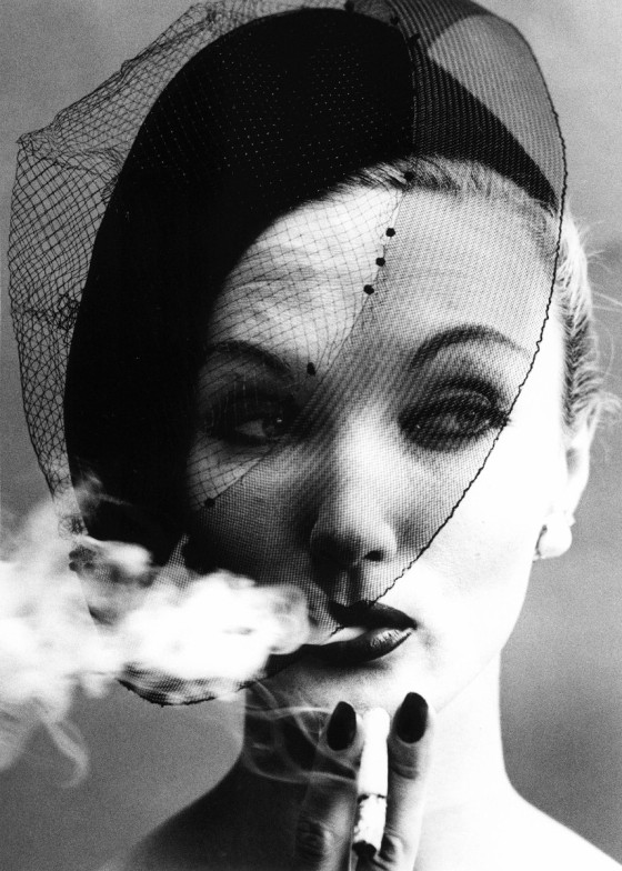 smoke-veil-william-klein